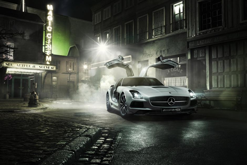 Mercedes-Benz lạnh lùng trong những bức ảnh đêm