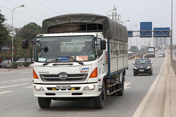 Trước ngày 1/7/2016: Xe tải từ 7 đến dưới 10 tấn phải lắp hộp đen