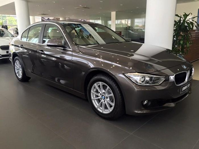 """Xe BMW bán chạy nhất Việt Nam hạ giá gây """"sốc"""""""