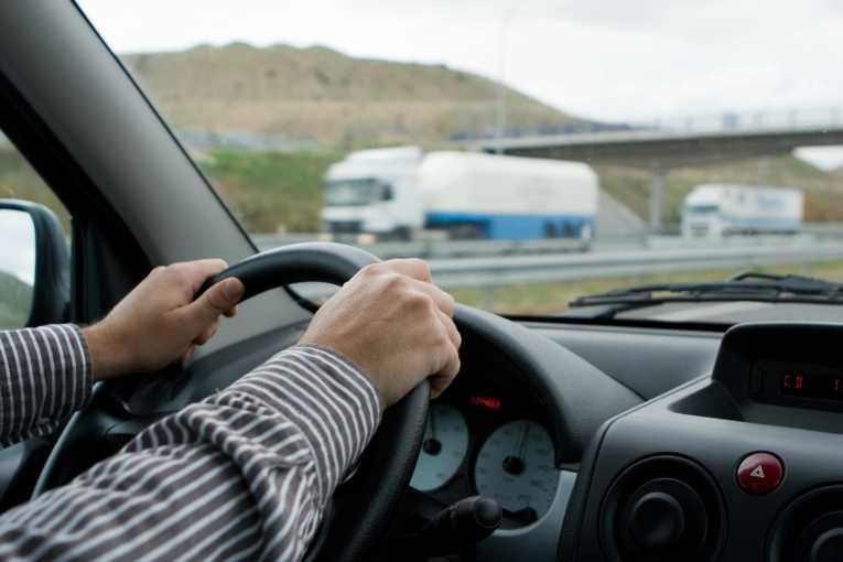 6 điều cấm kỵ khi lái xe ở tốc độ cao - tài xế Việt cần nhớ